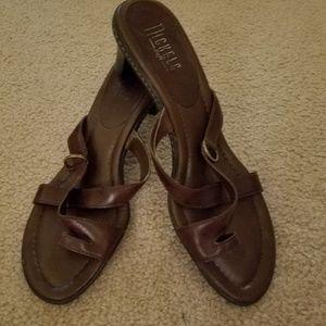 Open back  sandels.